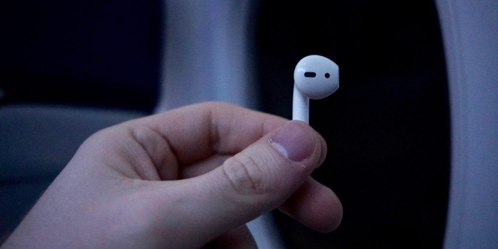 airpods-самолет-2